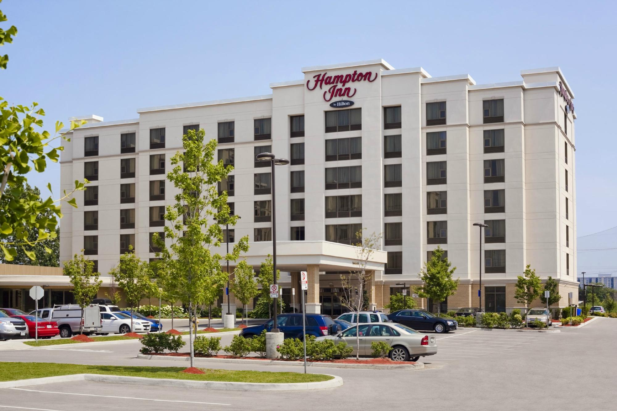 Hotels Near Toronto Pearson Airport